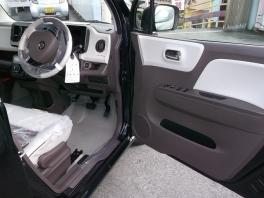 スズキ MRワゴンWITT  660 XS 届出済未使用車  専用内装&キセノンライト&アルミ 3枚目