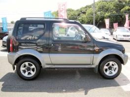 スズキ ジムニー シエラ  1.3 ワイルドウインド 4WD シートヒーター ブラックメタリックII 3枚目