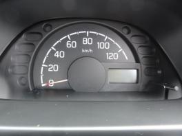 スズキ キャリイ トラック  660 KCエアコン・パワステ 3方開 4WD  シルバー 4枚目