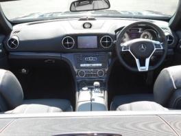 メルセデス・ベンツ SLクラス  SL350 ブルーエフィシェンシー AMGスポーツパッケージ  ブラック 2枚目
