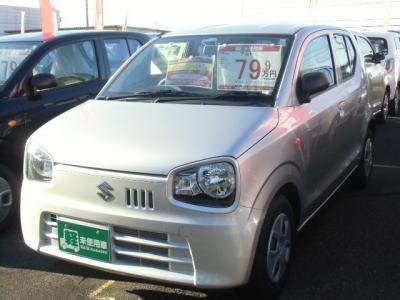 スズキ アルト  660 L 届出済未使用車 メーカー保証付 シルバー 1枚目