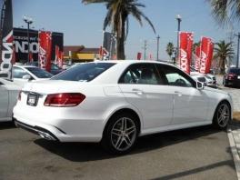 メルセデス・ベンツ Eクラス  E250 アバンギャルド ベーシックPKG ホワイト 3枚目