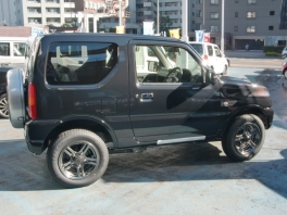 スズキ ジムニー  ランドベンチャー MT 4WD ブラック 未使用車 2枚目