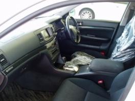 トヨタ マーク�ブリット  IR35THナビパッケージ 内部