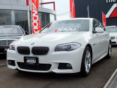 BMW 5シリーズ  528i Mスポーツ ホワイト 1枚目