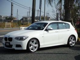 BMW 1シリーズ  116i Mスポーツ  ホワイト 2枚目