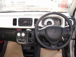 スズキ アルト  660 L 届出済未使用車 エネチャージ エコクール キーレス CDステレオ 3枚目