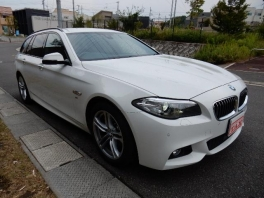 BMW 5シリーズ  523dツーリング Mスポーツ 4枚目