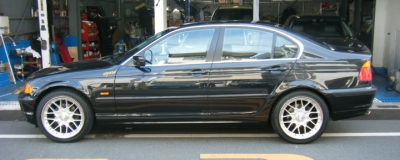BMW 3シリーズ セダン  323 全体