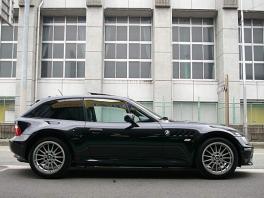 BMW Z3  Z3 クーペ  黒革・SR・DVDナビ 前方