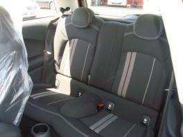 BMW ミニ  クーパーS 3ドア 登録済未使用車 メーカー保証付 ブレイジング・レッド 4枚目