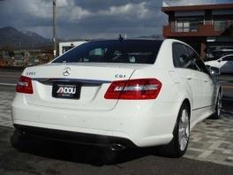 メルセデス・ベンツ Eクラス  E250 CGI ブルーエフィシェンシー アバンギャルド  ホワイト 4枚目