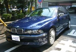 BMW 5シリーズ  540 前方