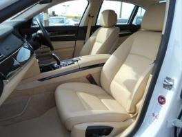 BMW 7シリーズ  740i プラスパッケージ メーカー保証付 HDDナビ ミネラルホワイト 3枚目