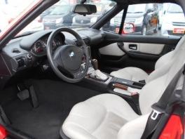 BMW Z3  ロードスター 3.0i 白レザーインテリア ライトレッド 2枚目