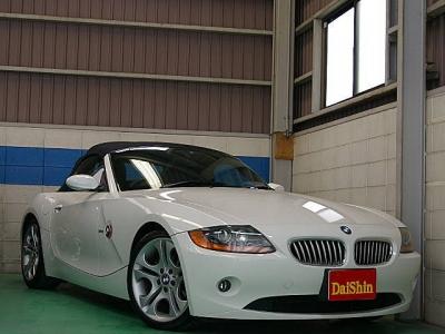 BMW Z4  2.5i 電動オープン 黒革純正18AW 全体