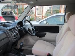 三菱 パジェロ ミニ  XRターボ2WD 内部