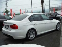 BMW その他  320i Mスポーツパッケージ  ホワイト 3枚目