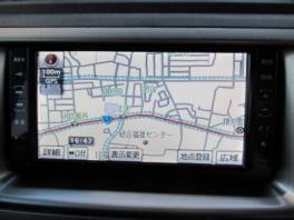 トヨタ BB  Z-Xバージョン 内部