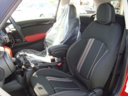 BMW ミニ  クーパーS 3ドア 登録済未使用車 メーカー保証付 ブレイジング・レッド 3枚目