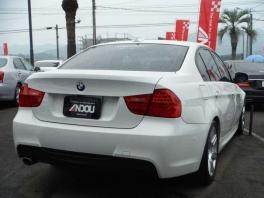 BMW その他  320i Mスポーツパッケージ  ホワイト 4枚目