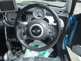 BMW ミニ  クーパー 社外ナビ ライトブルーII 4枚目
