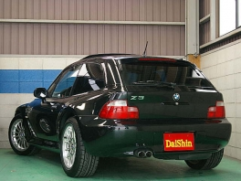 BMW Z3  Z3 クーペ  黒革・SR・DVDナビ 後方