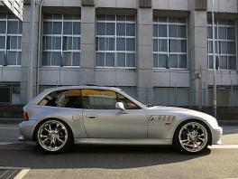 BMW Z3  クーペ 19AW&車高調 赤革サンルーフ 前方