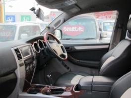 トヨタ ハイラックス サーフ  SSR-X 内部