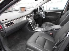 ボルボ V40  2.5T LE 2011年モデル 1オーナー ブラックストーン 3枚目