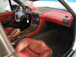 BMW Z3  クーペ 19AW&車高調 赤革サンルーフ 内部