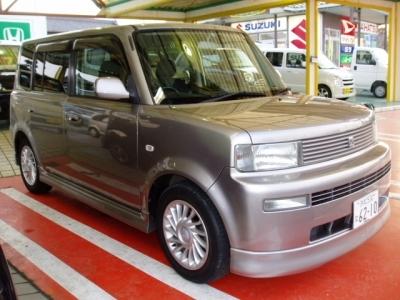 トヨタ BB  Z-Xバージョン 全体