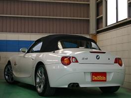 BMW Z4  2.5i 電動オープン 黒革純正18AW 後方
