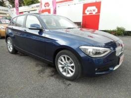 BMW 1シリーズ  116i スタイル 登録済み未使用車 ディープシーブルーメタ 3枚目